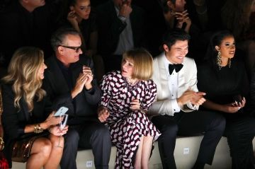 Paris Jackson, Cardi B, Tom Hanks. Les stars au défilé Tom Ford à New York