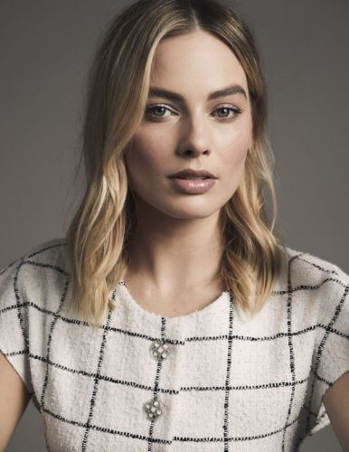 Margot Robbie, star de Hollywood et nouvelle égérie parfum de Chanel