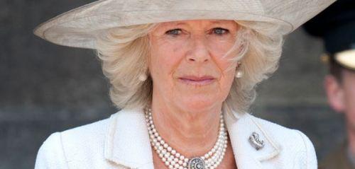Camilla Parker Bowles:  focus sur son impressionnante collection de colliers de perles
