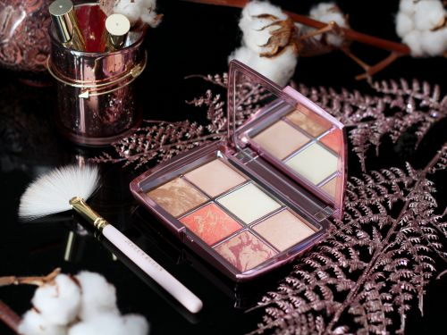 Tout sur la palette Ambient Lighting Edit Volume 4 de Hourglass