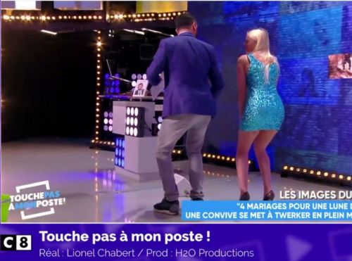 Zapping TV du 13 avril:  Le twerk de Kelly Vedovelli à Cyril Hanouna !