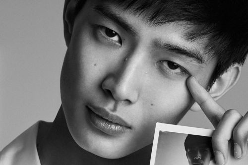 Li Yufeng is the model contest runner-up turned Tom Ford campaign star