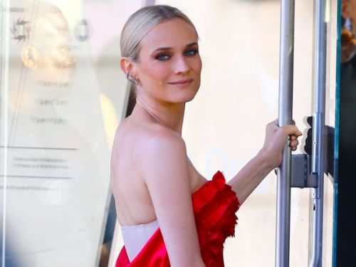 PHOTOS. Diane Kruger:  son look ultra-glamour mais étonnant lors des CFDA Fashion Awards