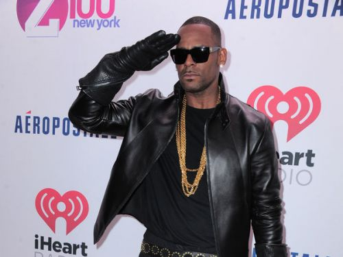 VIDEO. R. Kelly se moque d'un fan autiste et provoque un tollé