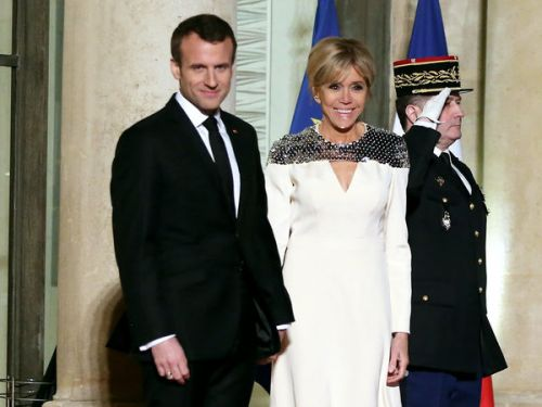 PHOTOS. Brigitte Macron en robe Louis Vuitton pour accueillir le grand-duc de Luxembourg