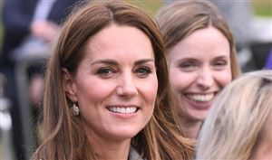 Le palais de Kensington publie une photo de Kate Middleton en train de jardiner vêtue d'une tenue décontractée