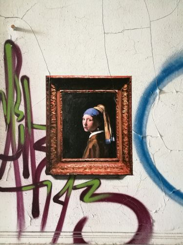 When Louvre-Worthy Paintings Invade the Streets