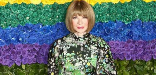 Quand Anna Wintour esquive une question sur Melania Trump en parlant. de Michelle Obama !