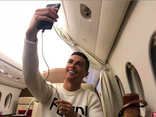 PHOTO. Disparition d'Emiliano Sala en avion : Cristiano Ronaldo fait une publication TRES maladroite