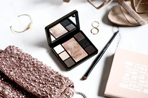 Bobbi Brown Camo Luxe Palette:  Belle !